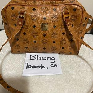 ⭕️SOLD⭕️MCM Authentic Bag